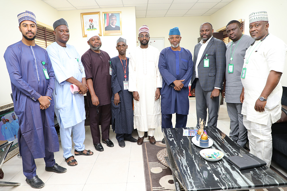DG NITDA AND CHAIRMAN HAJJ COMMISSION MIDDLE DURING THE COURTESY VISIT TO NITDA_