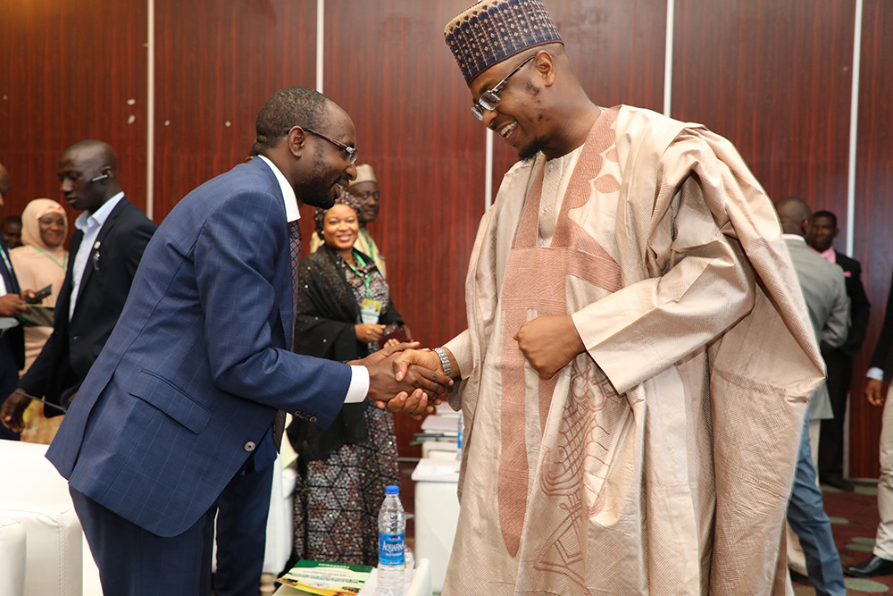MINISTER OF COMMUNICATIONS AND DIGITAL ECONOMY AND DG NITDA IN WARM HAND SHAKE AT GIRLS INICT EVENT_